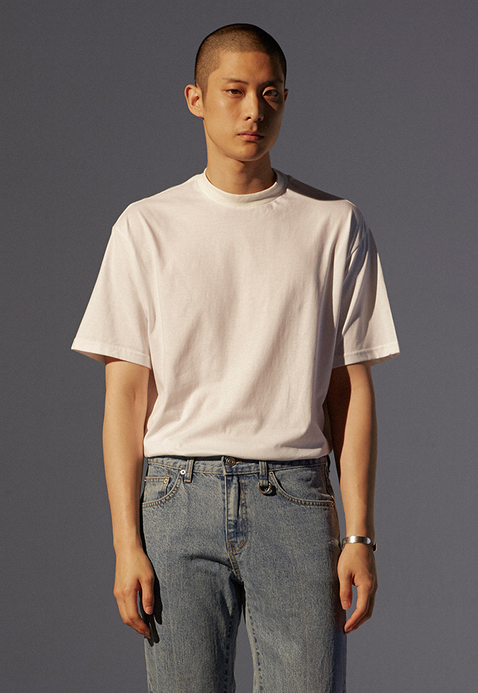 Signature Mock-Neck T-Shirt_ White